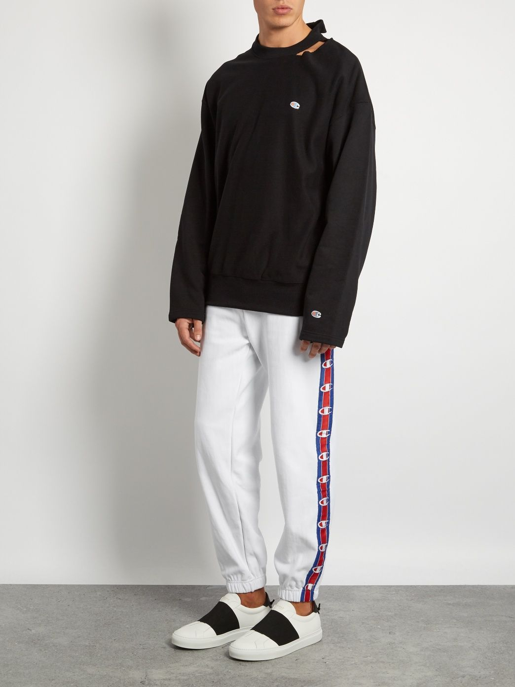 d4237984e21e X Champion oversized cotton-blend sweatshirt
