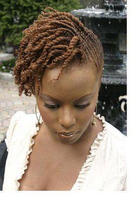 Short 2 strand twists Coiffure cheveux naturels, Cheveux