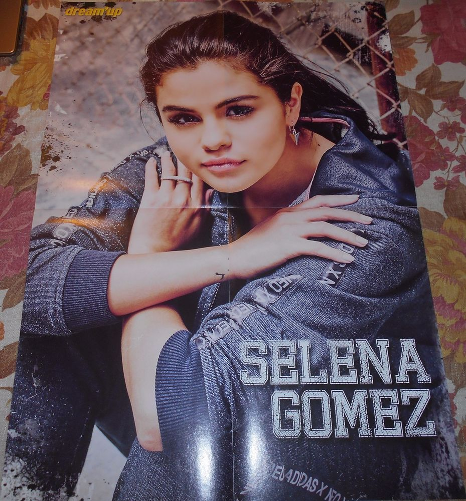 Selena Gomez A2 Poster France Celebrity Collection