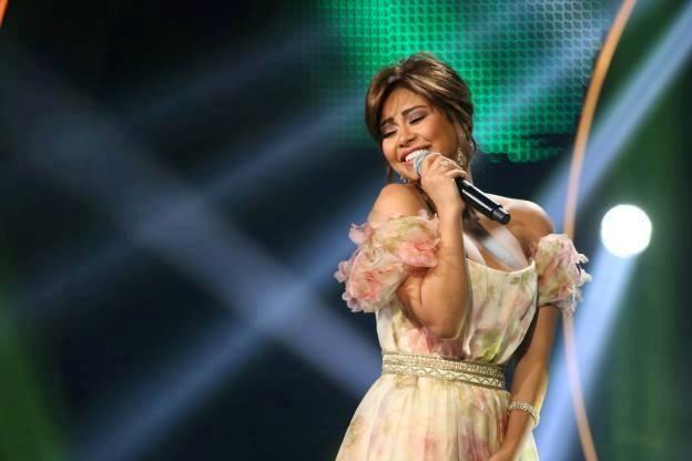 أزياء شيرين بين اللبناني والعالمي في أراب أيدول وراغب يلق بها بـ