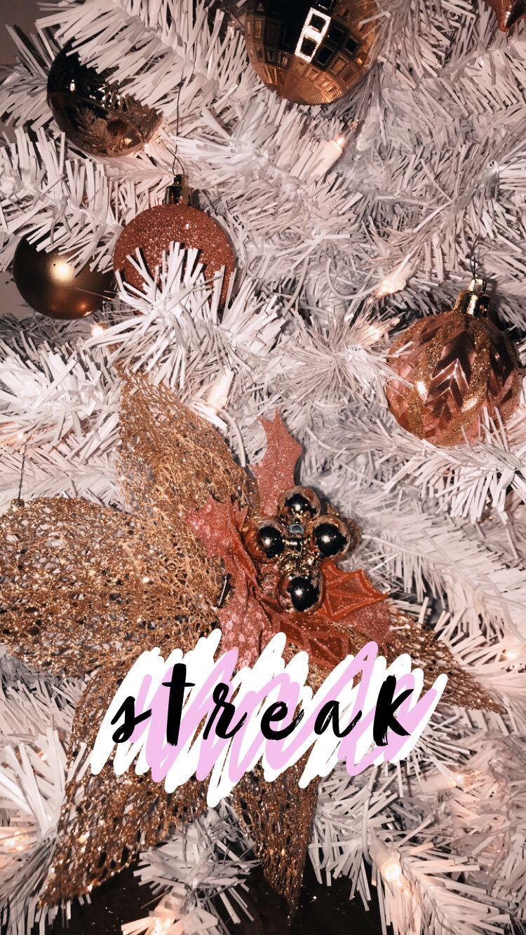 Christmas Streak Ideas Insta Makaylagreen Vsco Makayla Green Snapchat Streak Emojis Snapchat Streak Christmas Mood