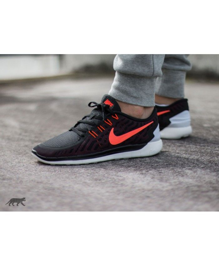 the latest 8c1fb 1fc4e Nike Free 5.0 Black Hyper Orange University Red White Trainers