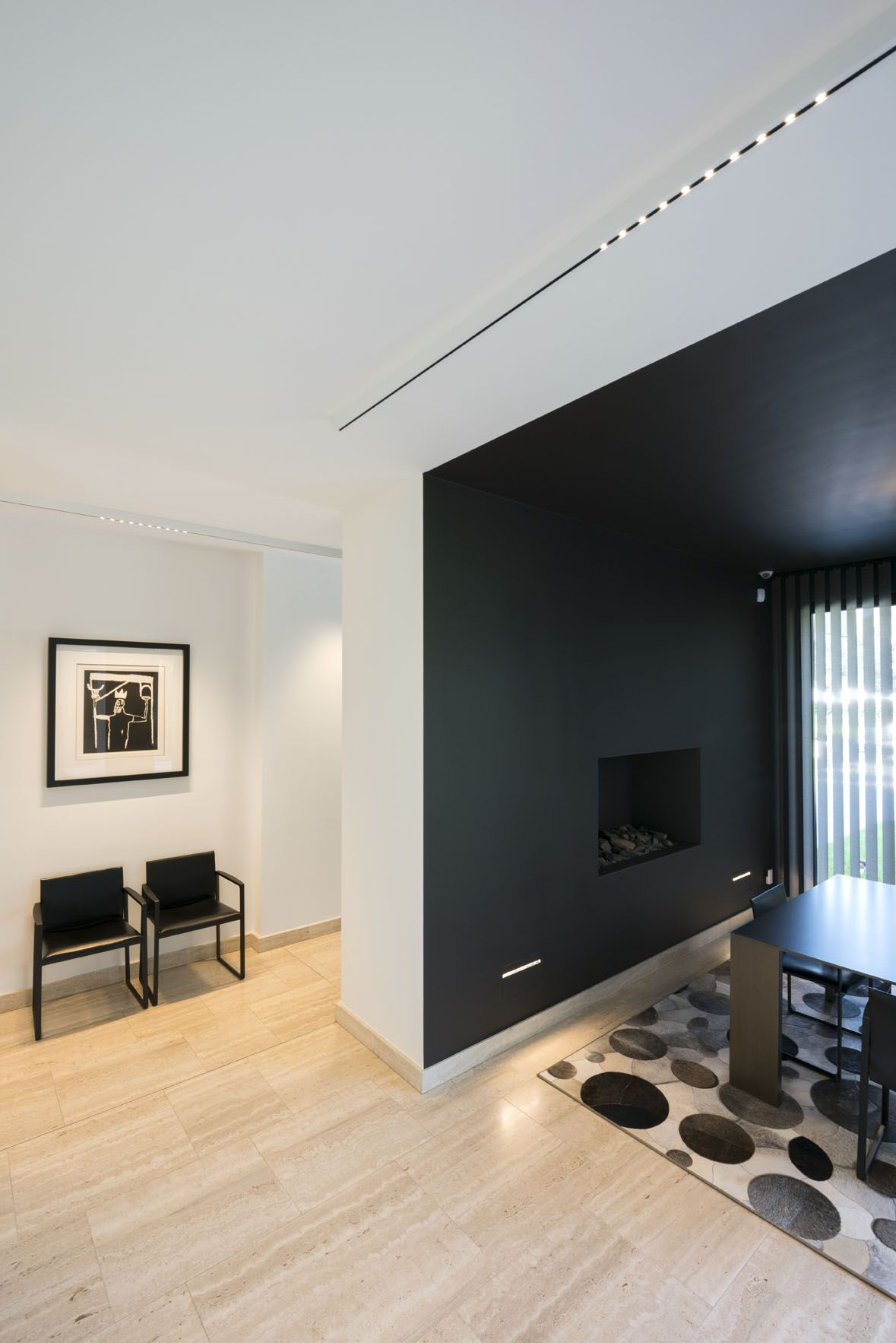 White And Black Nuit Led Profile Surface Mounted Together With Black Wall Mounted Trimless Recessed Dining Room Inspiration Black Walls Dining Room Interiors