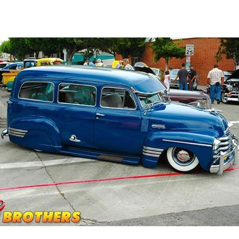 Slammed 1947 53 Chevy Suburban Carryall This Truck Has All The