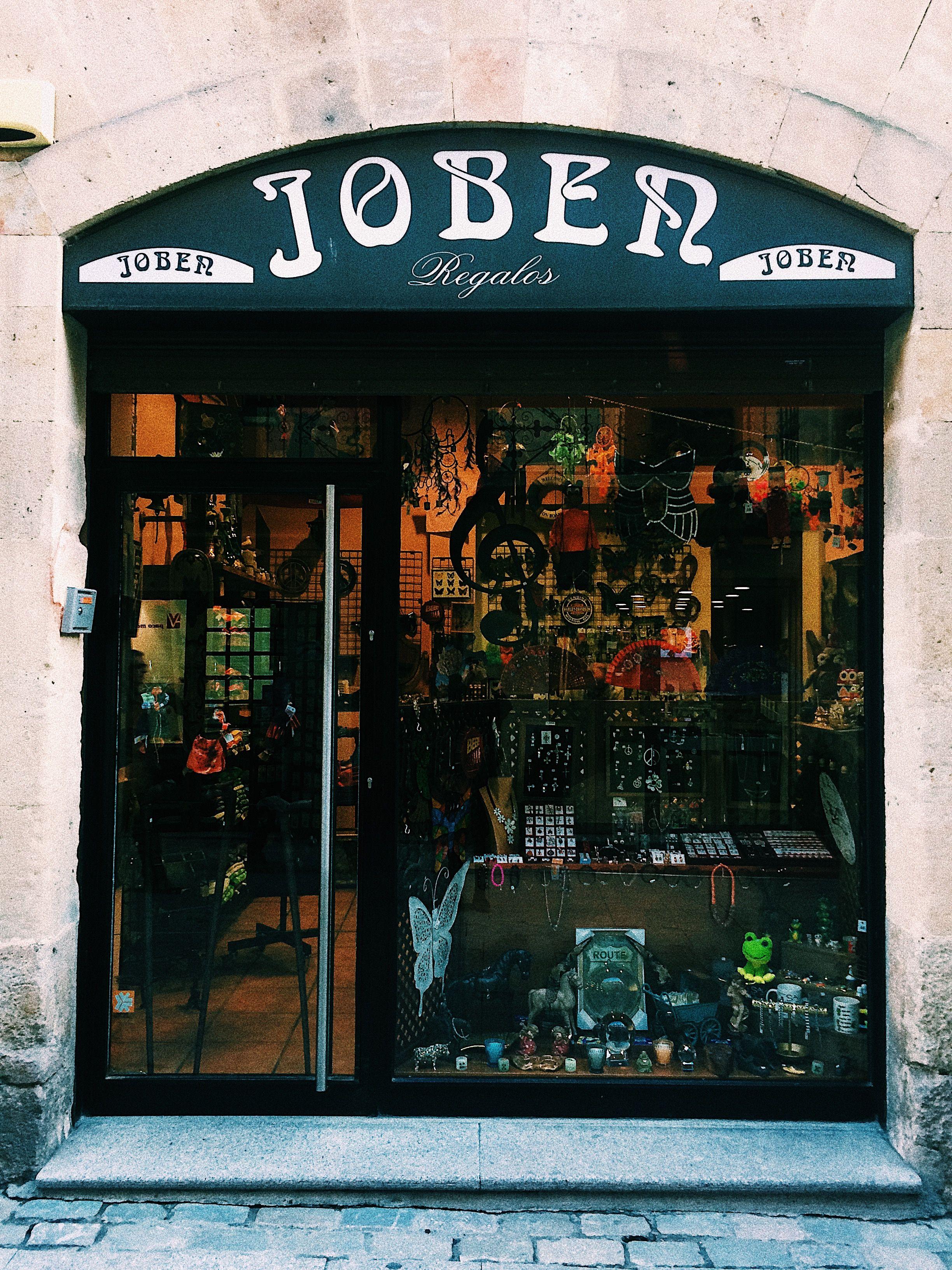 Jober Es Una Tienda De Regalos En Salamanca Por Lo Mismo Utiliza