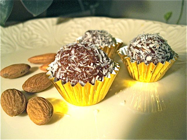 Raw Cacao Truffles - my new healthy favorite treat!! (I don't add coconut flakes)