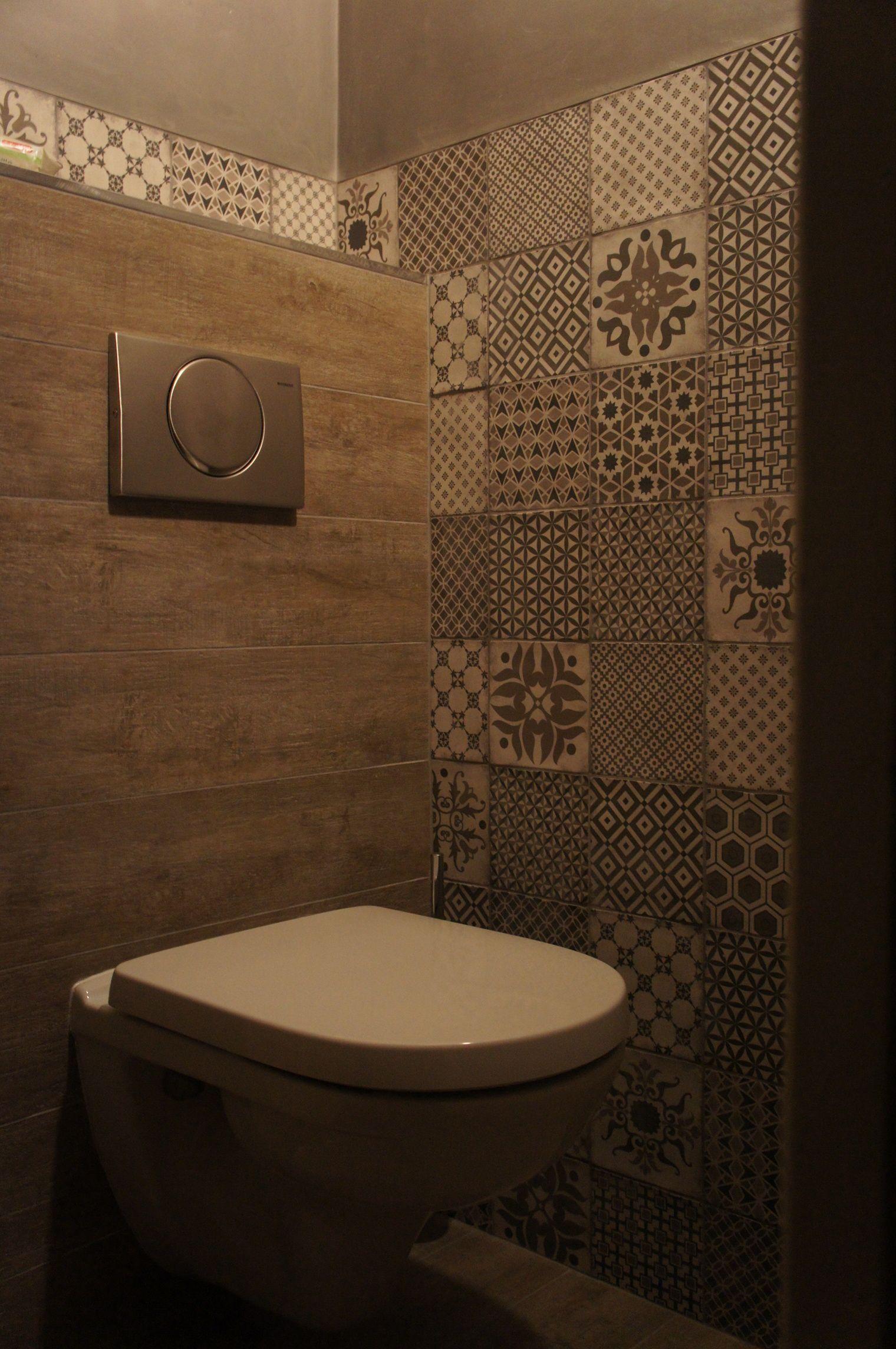 toilet met pandomo betoncire en keramisch parket van flaviker