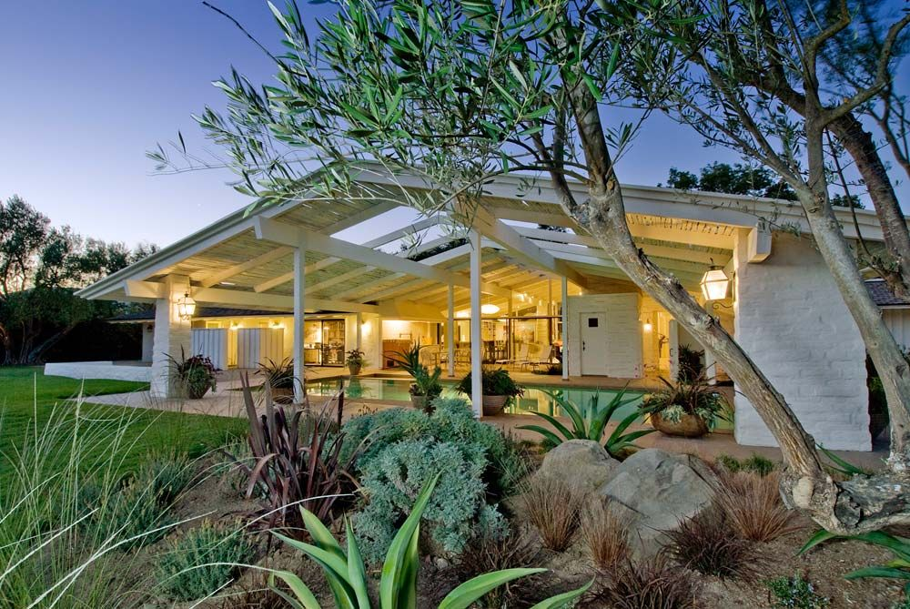 Restoration cliff may alisal ranch solvang california for California ranch style architecture