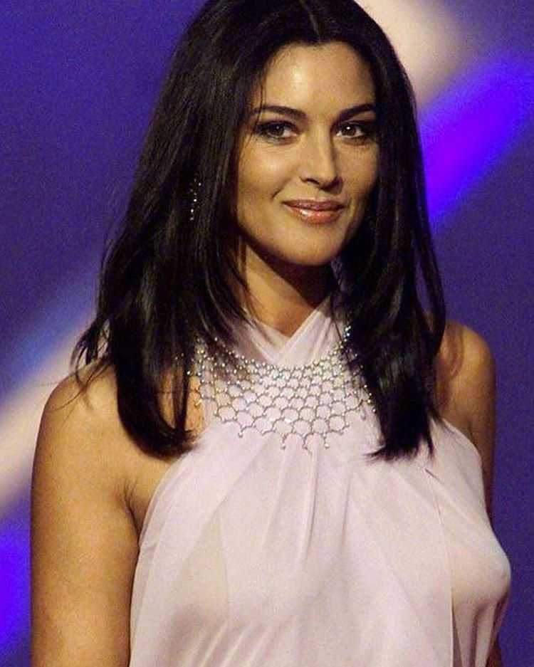 Italian sexy actresses — pic 5