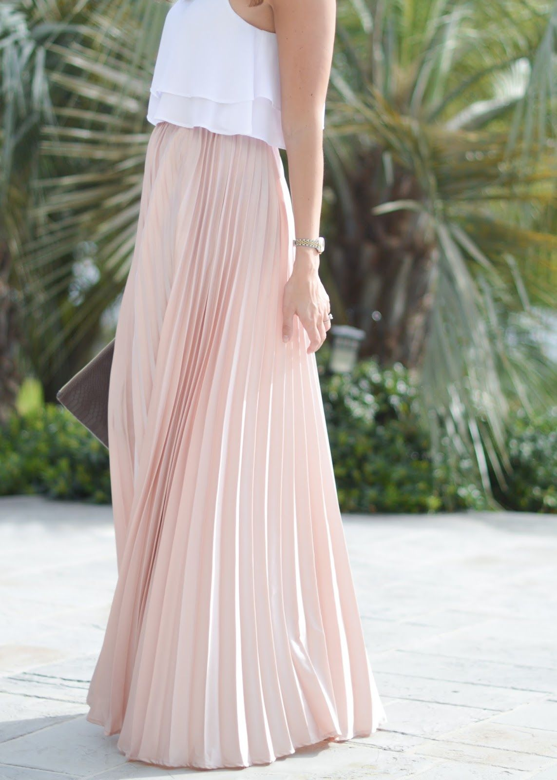 Maxi Skirt Outfits for Wedding