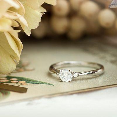 ダイヤモンド/エンゲージリング:Petits clous(プティクル) 小さな6本のツメで0.5カラットのダイヤモンドを支える緊張感のあるフォルム [diamond,ダイヤモンド,Platinum ,Pt900,ウエディング,wedding]