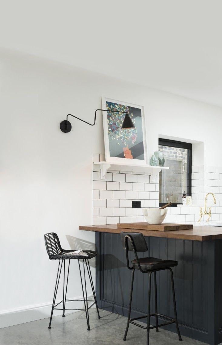 Kitchen Of The Week A Shaker Inspired Kitchen In East Dulwich Devol Kitchens Breakfast Bar Kitchen Shaker Style Kitchen Cabinets