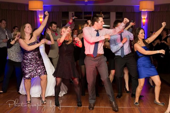Exceptional Scioto Reserve Country Club Columbus Wedding Dance Party With Night Music  Dj Wwwnightmusicdj