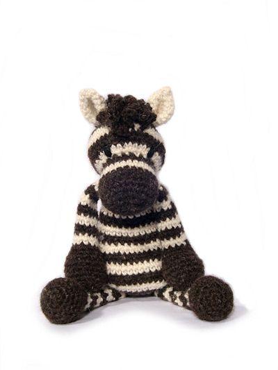 Toft alpaca shop british alpaca wool yarns knitting pattern kits learn to crochet amigurumi toys workshop warwickshire midlands uk dt1010fo