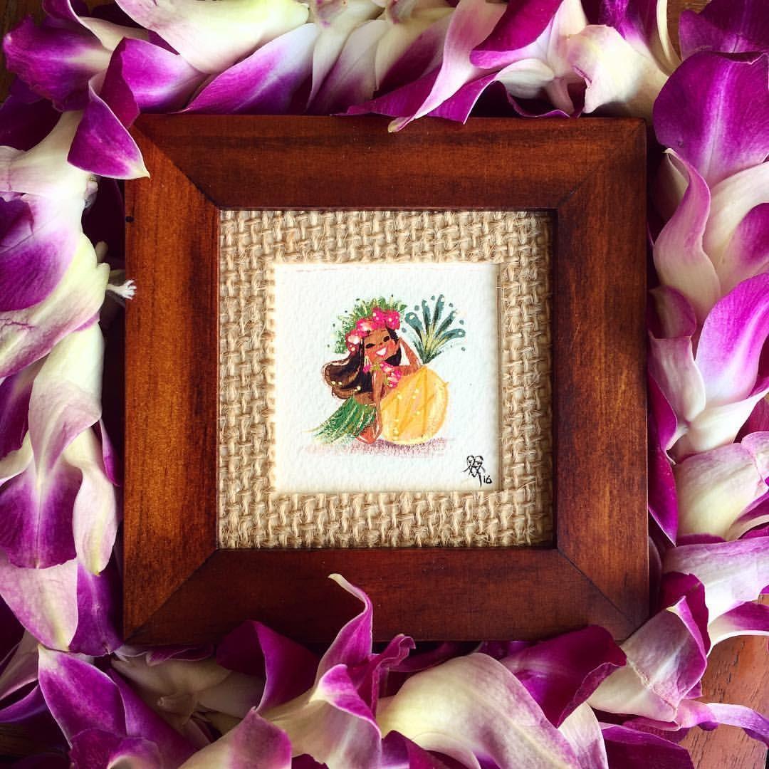 A mini pineapple princess on Tiki Tuesday :) #TeenyTikis #MiniPainting #gouache #Jesusdoesmaui #grandwailea
