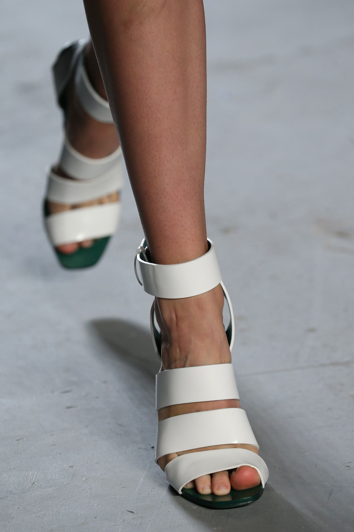 Proenza Schouler Spring 2015 Ready-to-Wear - Details - Gallery - Style.com