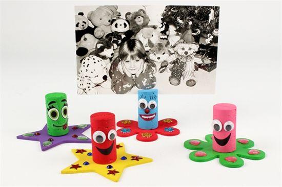bouchons porte photos activit s enfantines bricolages pour enfants porte photo cadeau. Black Bedroom Furniture Sets. Home Design Ideas