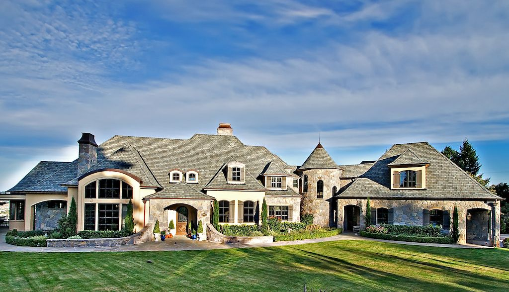 European Inspired Luxury Home In Oregon. Love This Home And Its Beautiful  Architecture.