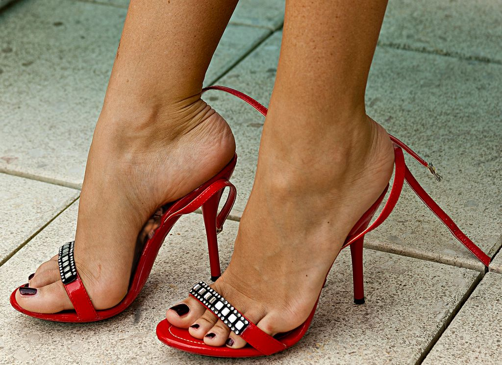 giantess heels