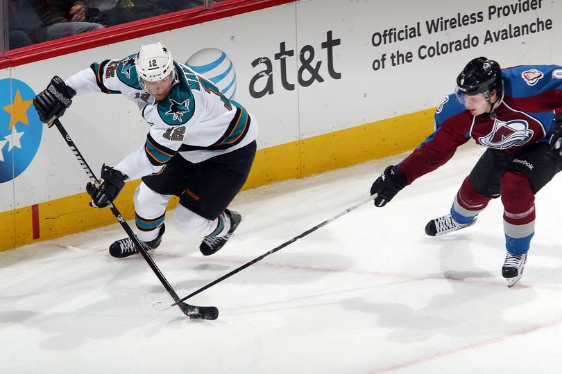 11 20 11 Patrick Marleau With A Hat Trick In The Sharks 4 1 Win Over Colorado This Was Marleau S 4th Career Hat Trick San Jose Sharks Shark Shark Photos