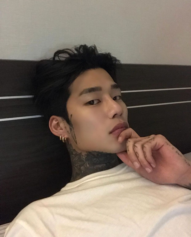 Jjinnno Jjinnno With Images Cute Asian Guys Cute Korean Boys