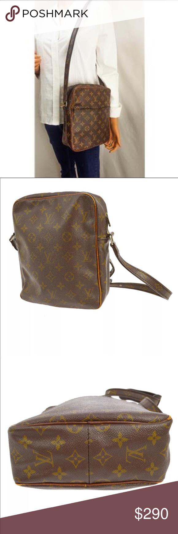 abfb6b859 Authentic Louis Vuitton Marceau Crossbody Louis Vuitton Vintage Marceau  Shoulder Bag. Features a spacious large