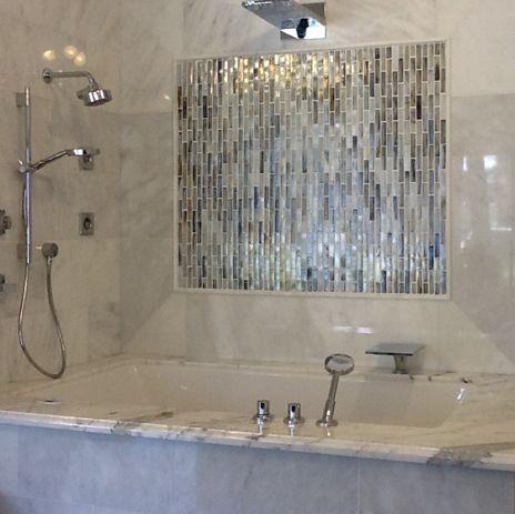 Combine Unusual Combinations Of Tiles In A Bathroom For