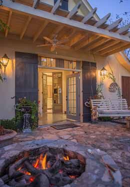 Fredericksburg Texas Bed And Breakfast Carriage House Favorite