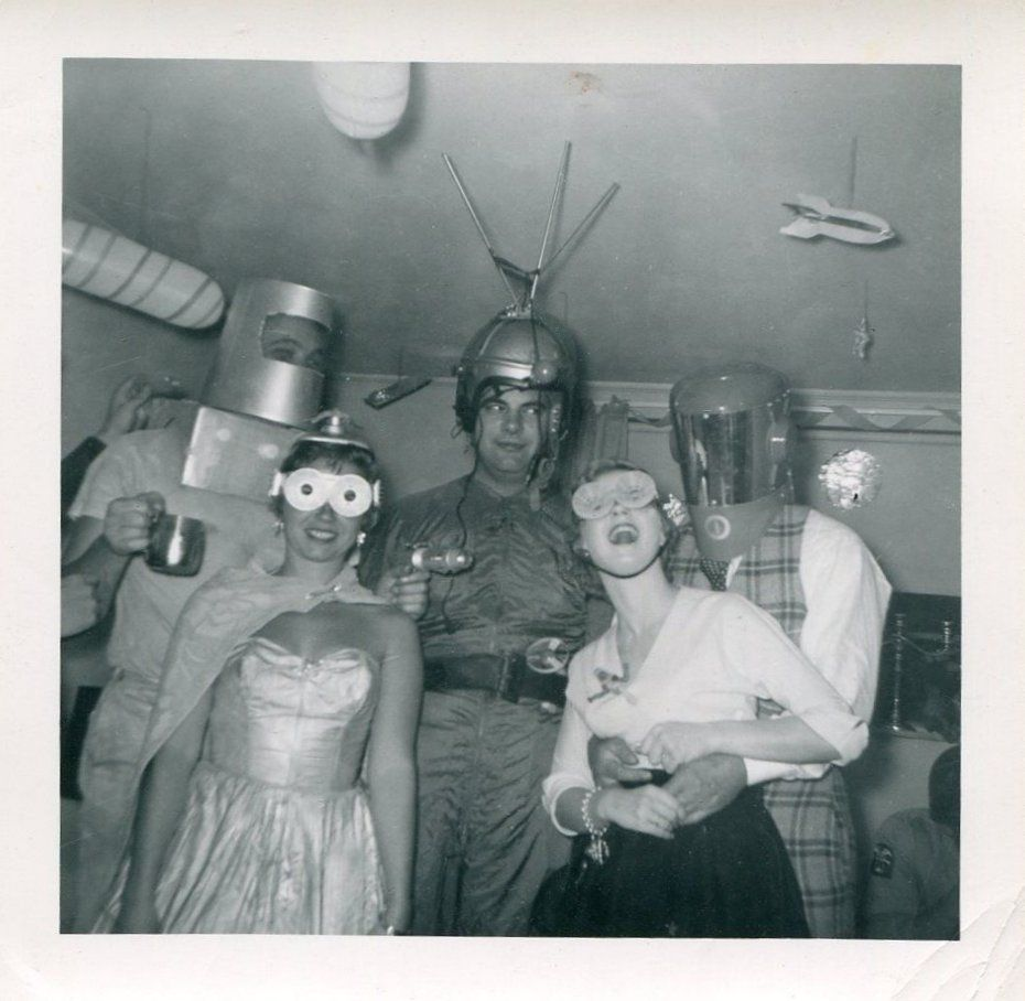 Outer space theme party, c. 1950s. #spacethemeoutfit