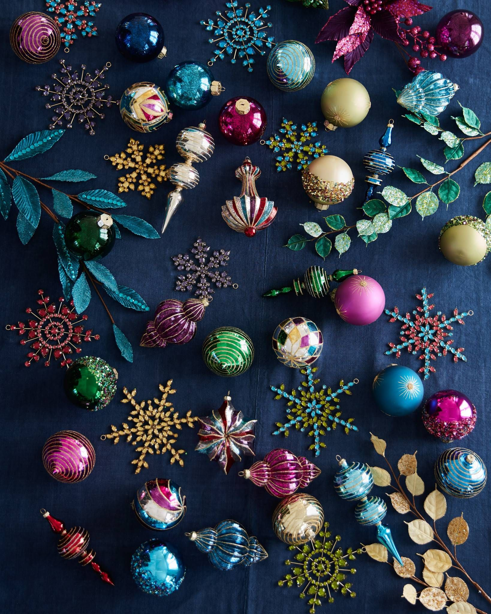 Inspired By Precious Gems This Christmas Ornament Set Features Balls Finials An Christmas Ornament Sets Christmas Tree Colour Scheme Colorful Christmas Tree