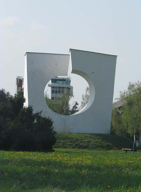 Spomenik To The Liberation Of Zagreb By Marijan Burger Built In 1978 Pleso Croatia Monument War Monument Brutalist Architecture