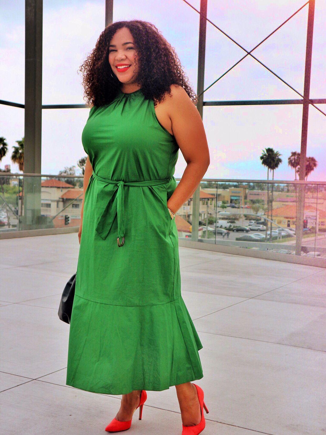 A High Neck Midi Green Dress Liv By Viv Green Midi Dress Green Dress Dresses [ 1656 x 1242 Pixel ]