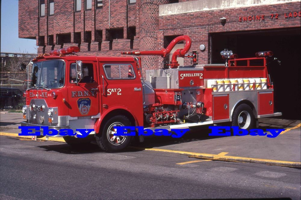 Details about Apr 84 Chicago CFD FIRE TRUCK Apparatus Slide