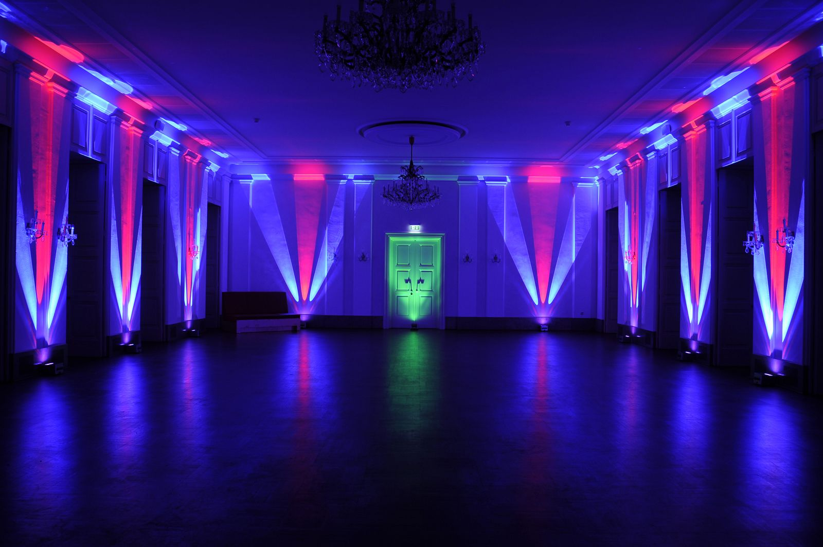 pattern lighting. color and lighting to create pattern height