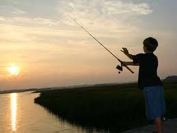 Join a park ranger to fish off the pier. Buy a ticket to Peddocks Island from BBC for $15.00. The fishing is FREE!