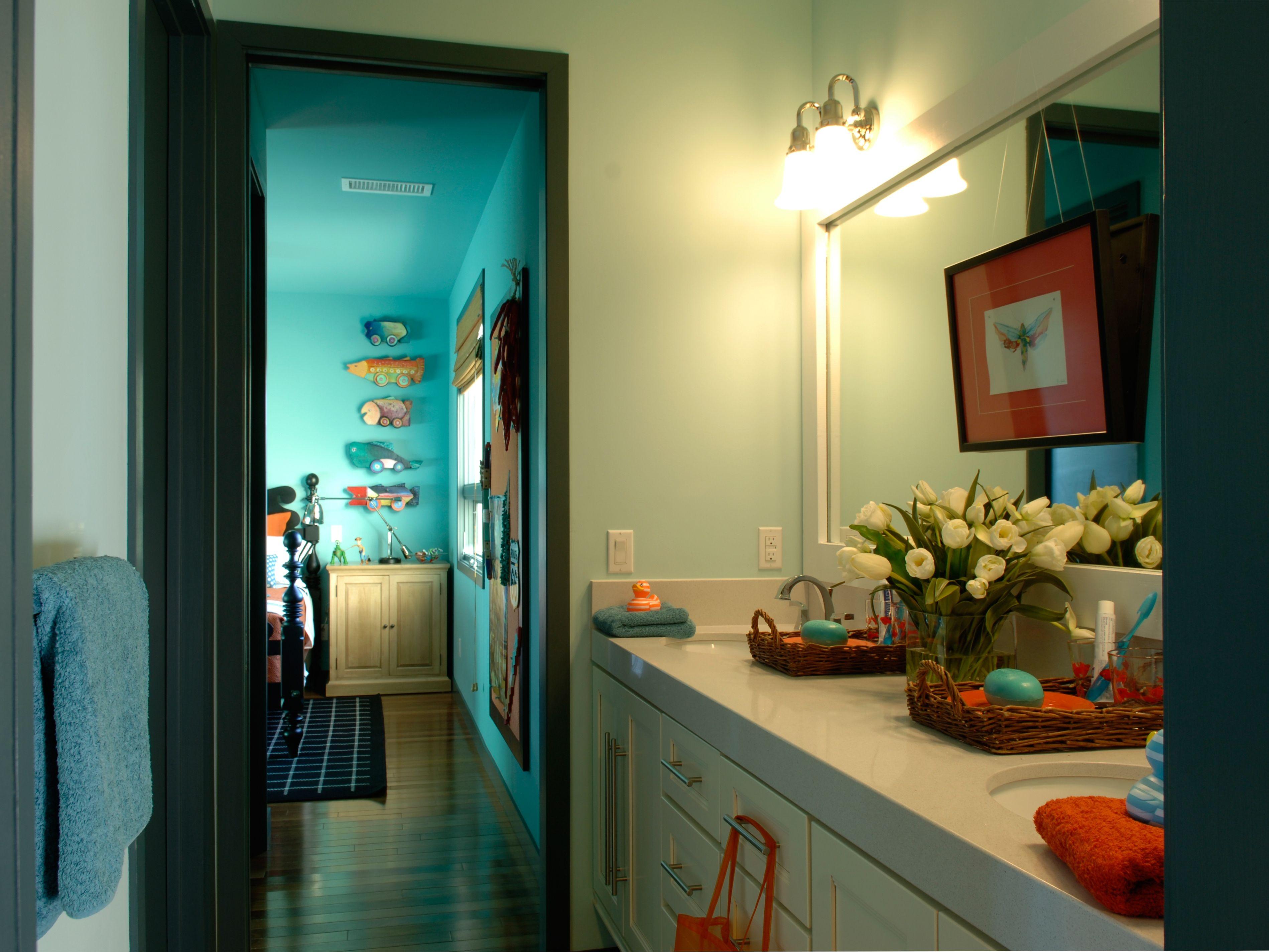 Boy And Girl Bathroom Ideas Extraordinary Jack And Jill Bathroom For Boy And Girl  Bathroom Ideas Inspiration
