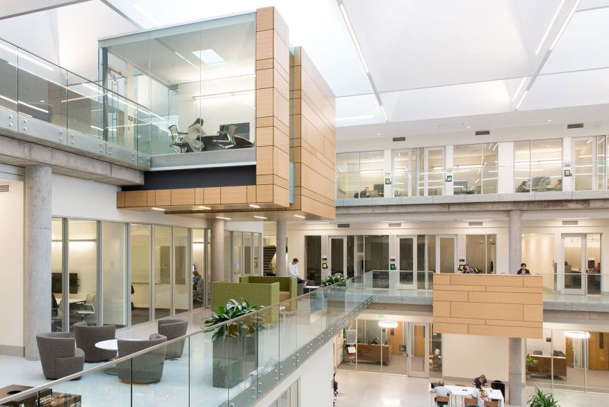 Paul L Foster Campus For Business And Innovation S Award Winning Daylighting Baylor Daylighting Lighting Awar House Styles Innovation Award Architecture