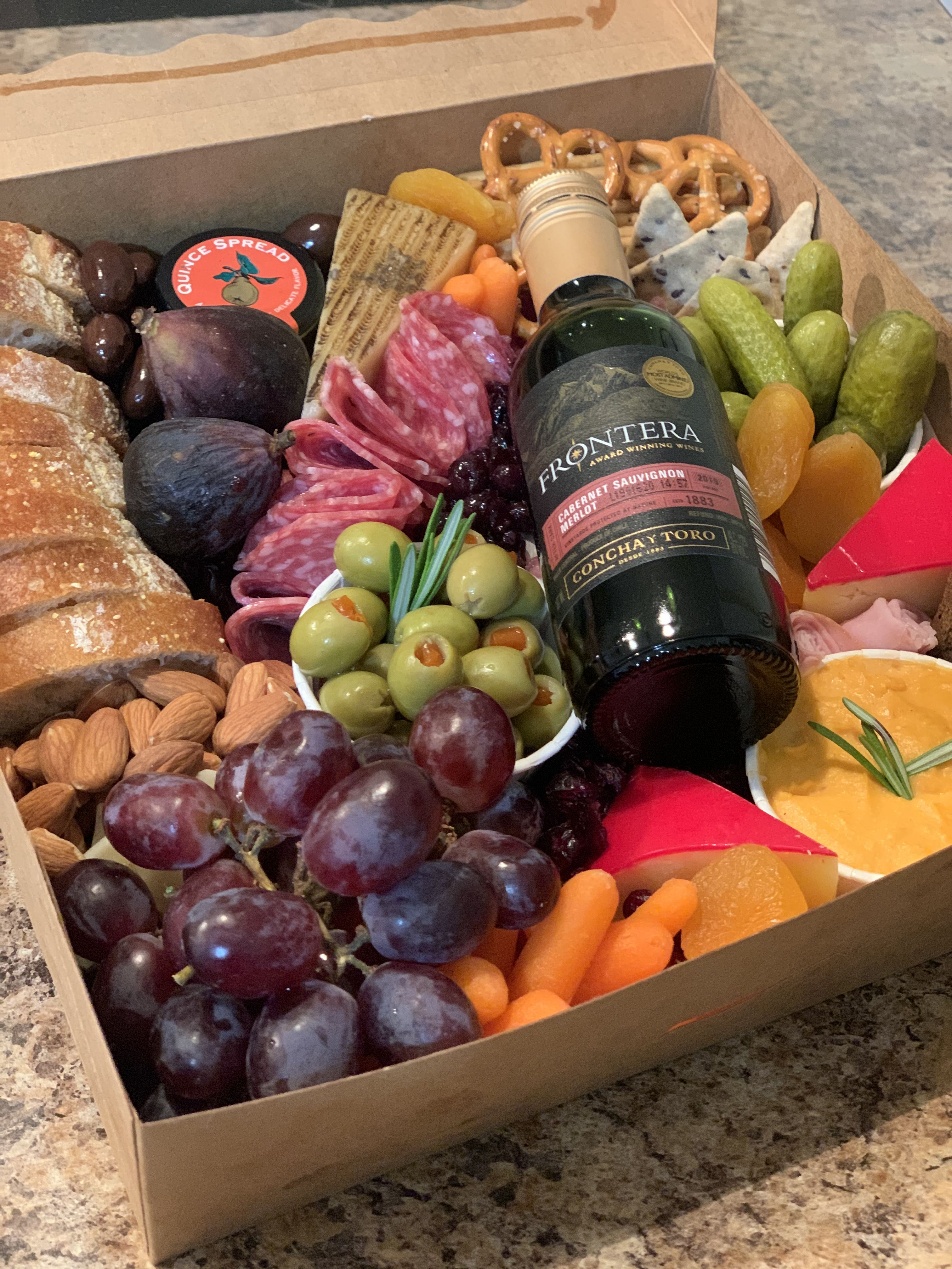 Grazing Box San Antonio And Austin Tx In 2020 Fun Food Presentation Food Gift Box Charcuterie Board