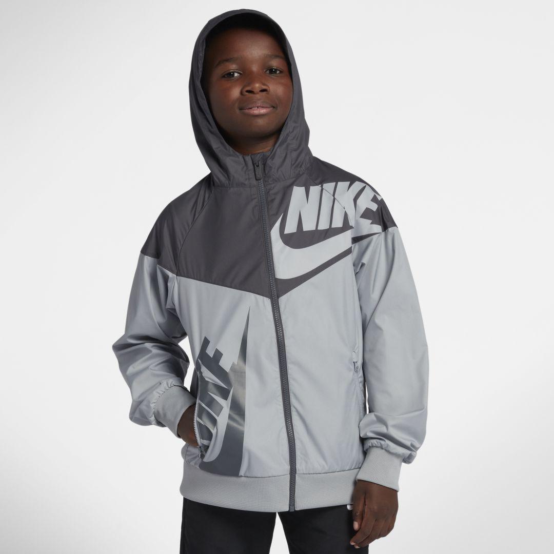 64a0048e17ff Nike Sportswear Windrunner Big Kids  (Boys ) Jacket Size S (Wolf Grey)