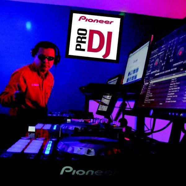 "Check out ""Dj Humberto - Mx Show Time (2015-10-28 @ 04PM GMT)"" by djhumbertomx on Mixcloud"