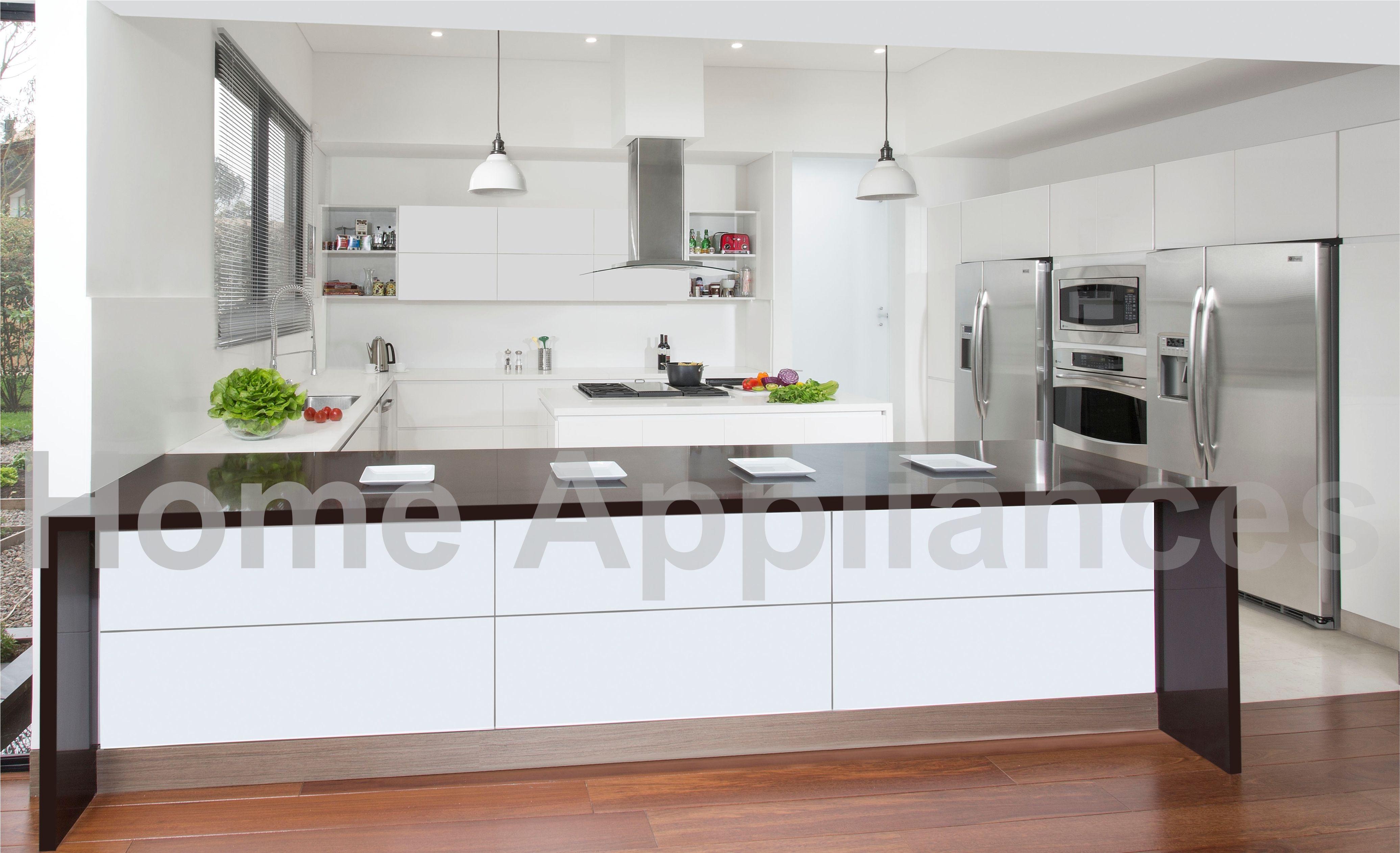 Centro de Diseño Floresta LC 26 #cocinas #cocina #kitchen #blanco ...