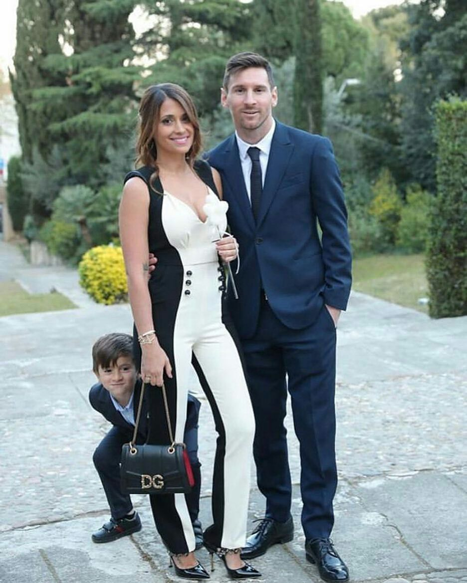 Lionel Messi Biography Net Worth Photos Instagram In 2020 With