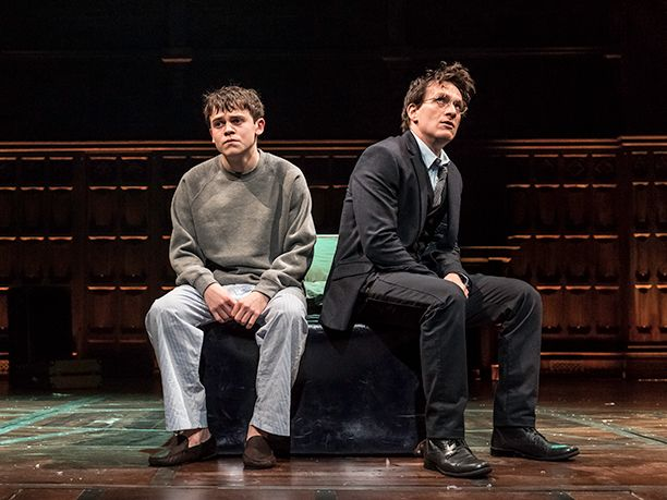 Harry Potter And The Cursed Child 22 Magical Photos Harry Potter Cursed Child Harry Potter Play Harry Potter Curses