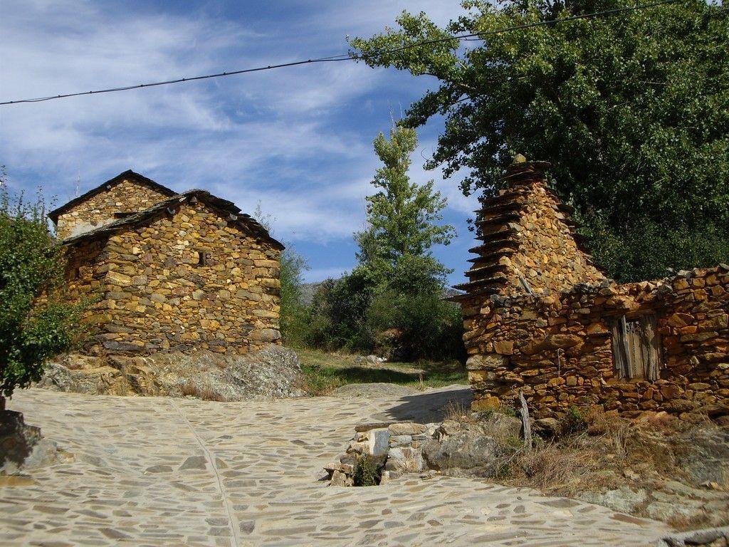Pozos, Spain