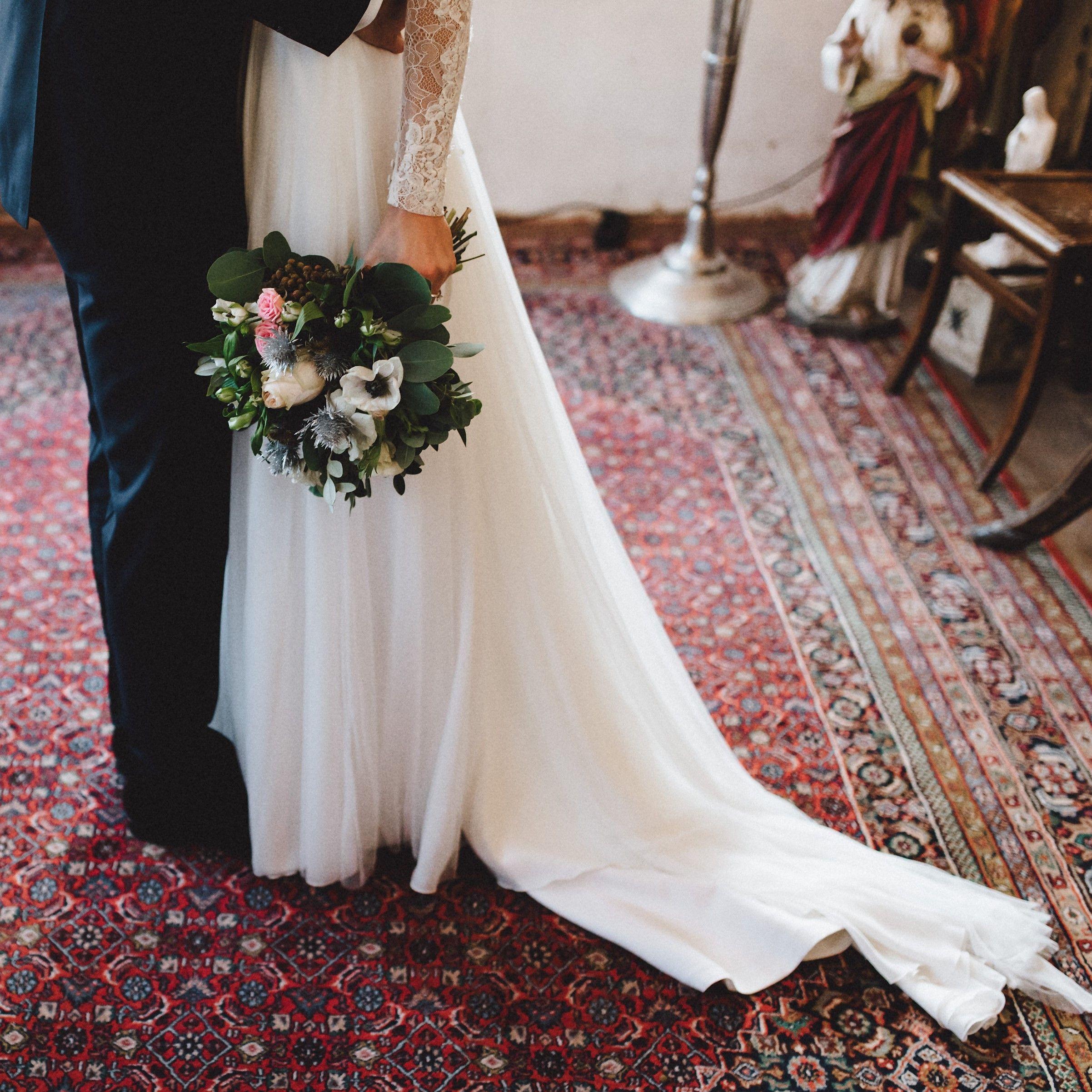 Wedding Dress: Jesus Peiro Wedding Couple: Mirja & Oliver Picture