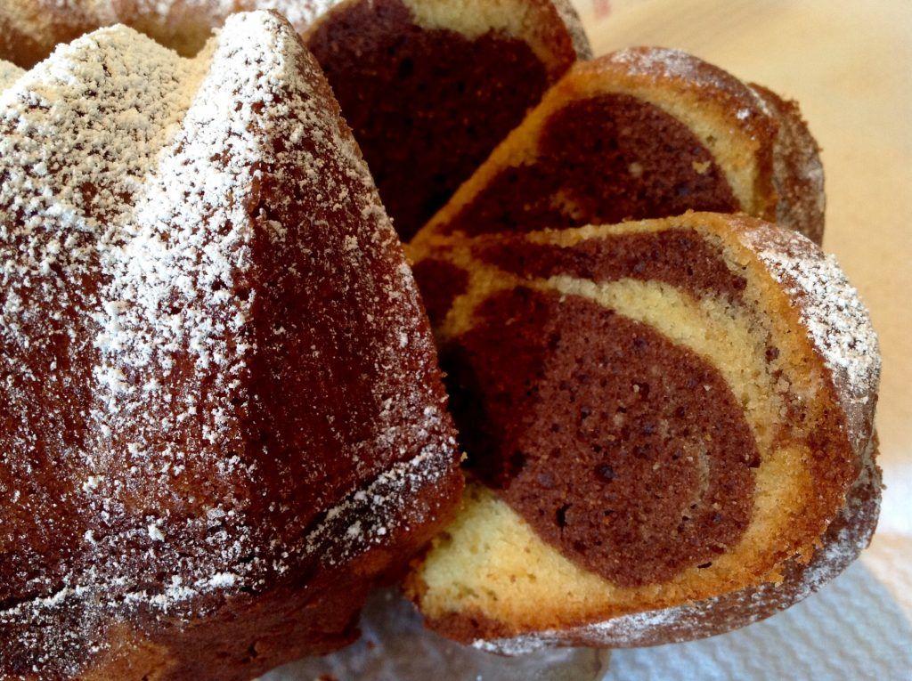 Marmorkuchen mit Eierlikör, ein saftiger Topfkuchen – Kuchen