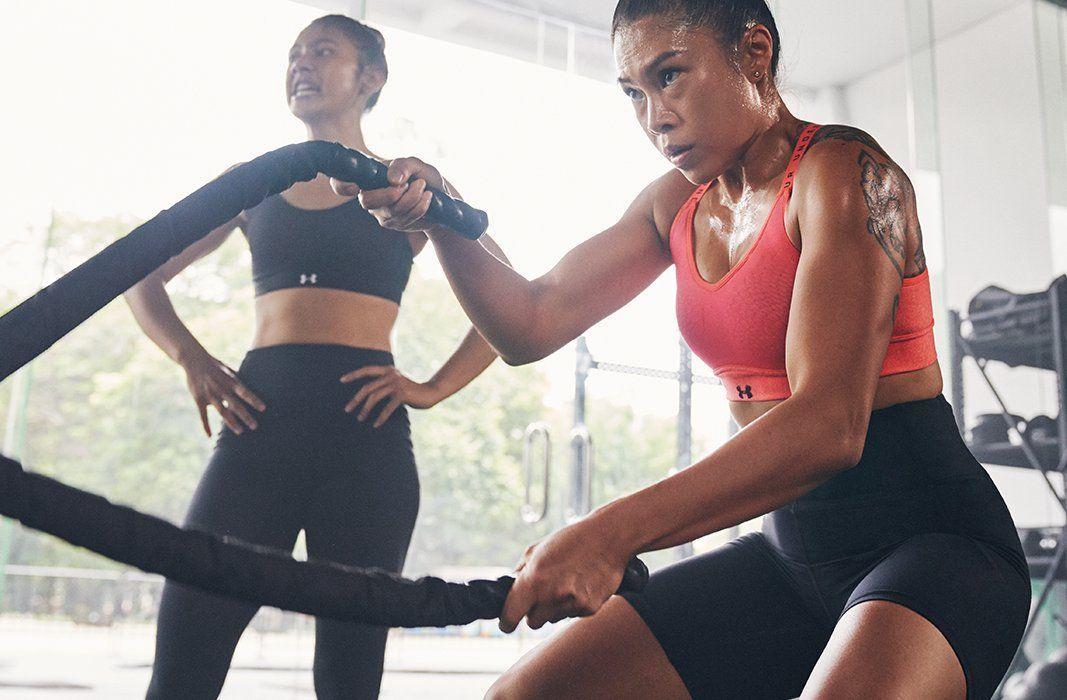 Women S Ua Infinity Mid Heather Sports Bra Fit Black Women Gym Women Cute Bathing Suits