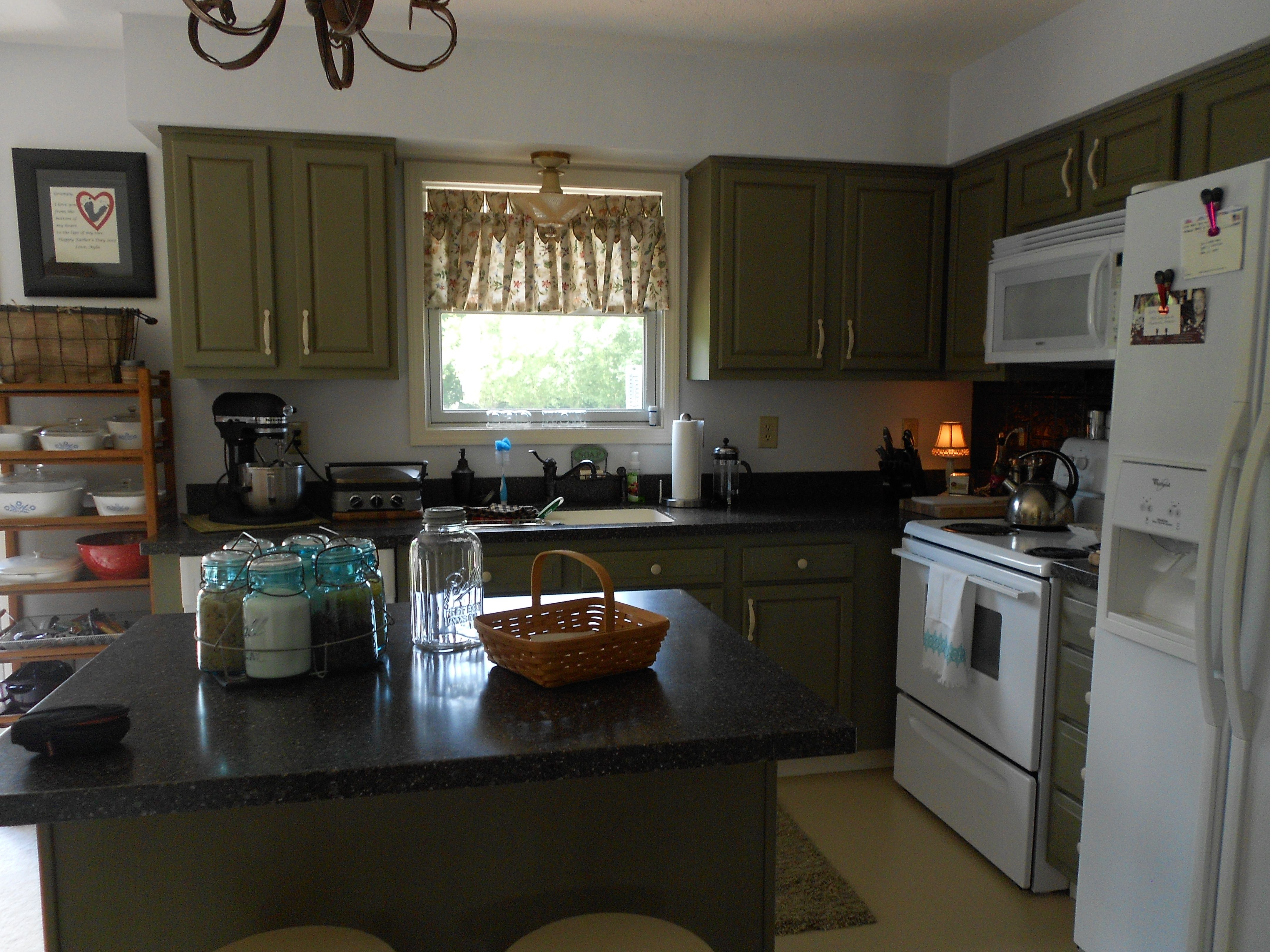 Chalk Paint® used to redo these kitchen cabinets. Chateau ...