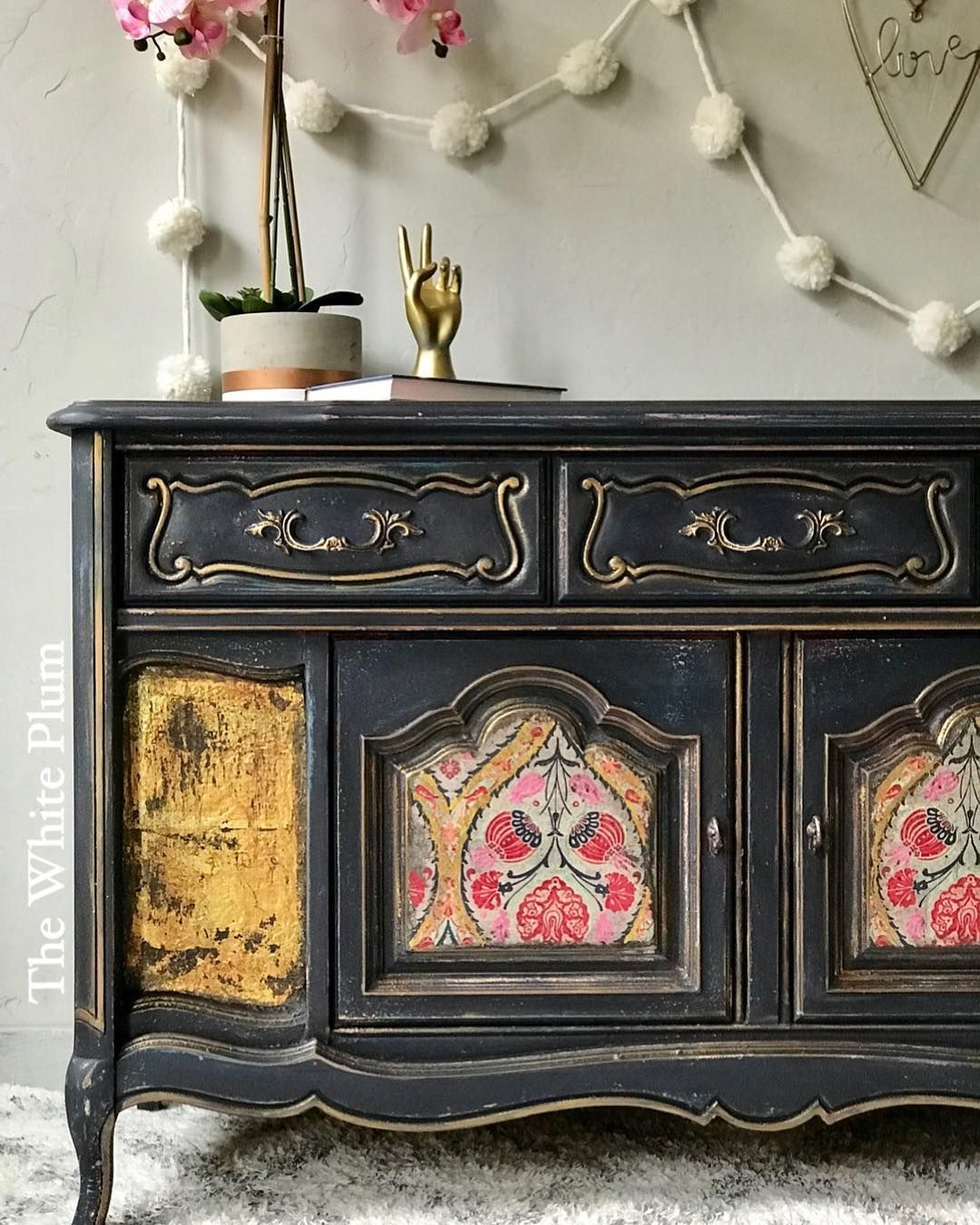 Black Painted Furniture. Furniture Painting. Vintage French