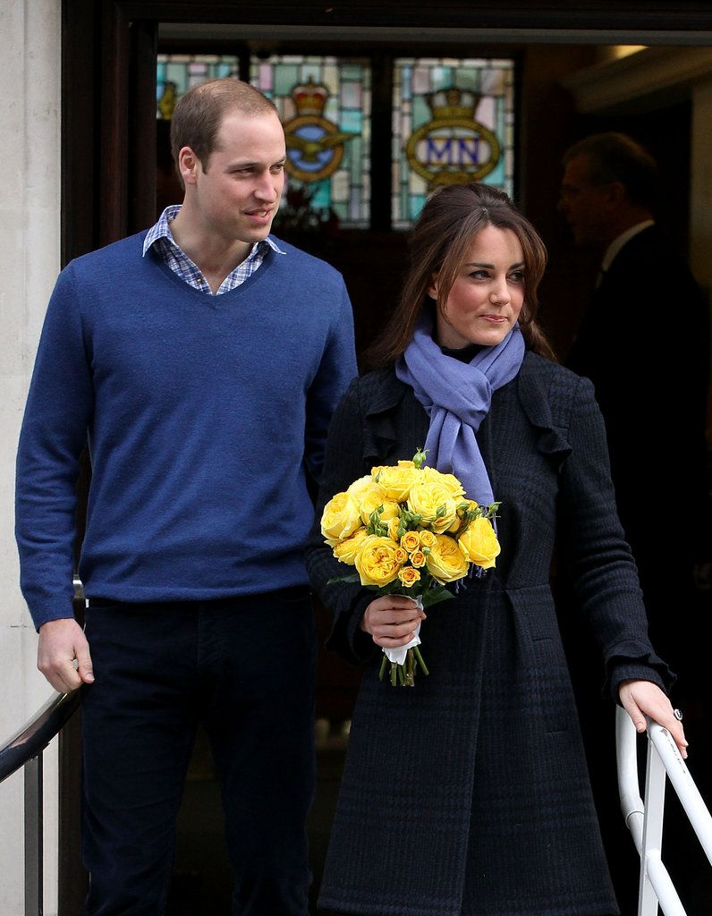 Kate Middleton Leaves the Hospital: Prince William stayed close to Kate Middleton in London.